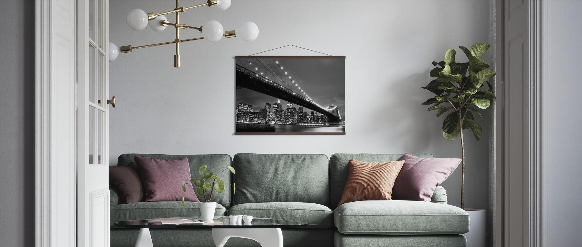 Brooklyn Bridge på natten - b/w - Plakat - Stue