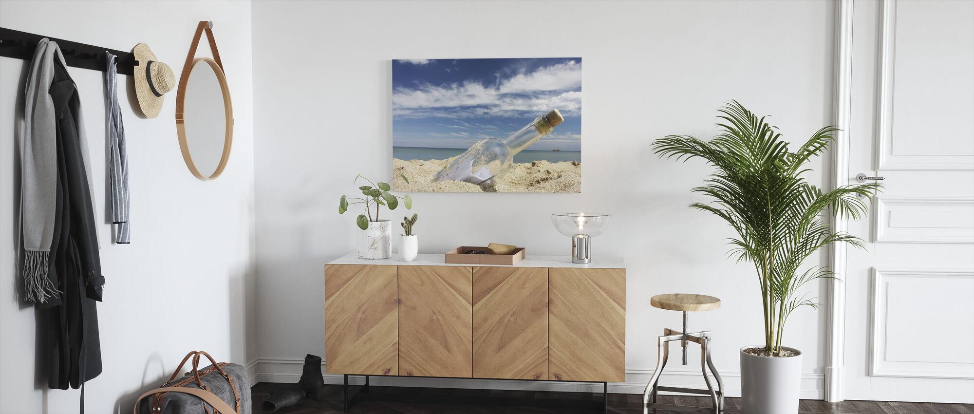 Washed Ashore - Canvas print - Hallway