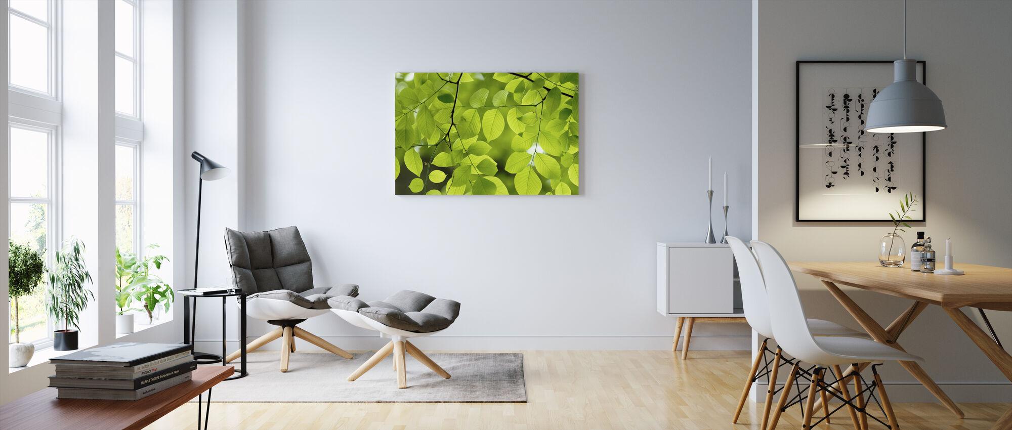 Keltainen Puu Vihreät lehdet - Canvastaulu - Olohuone