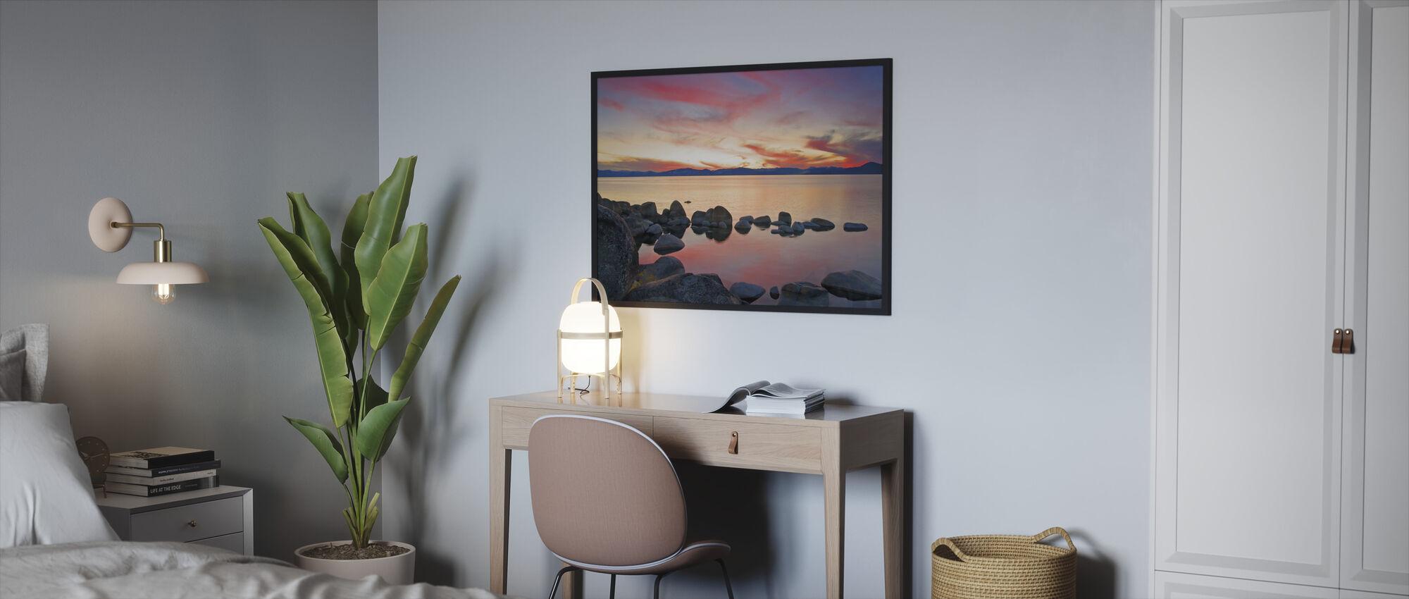Lake Tahoe, USA - Framed print - Bedroom