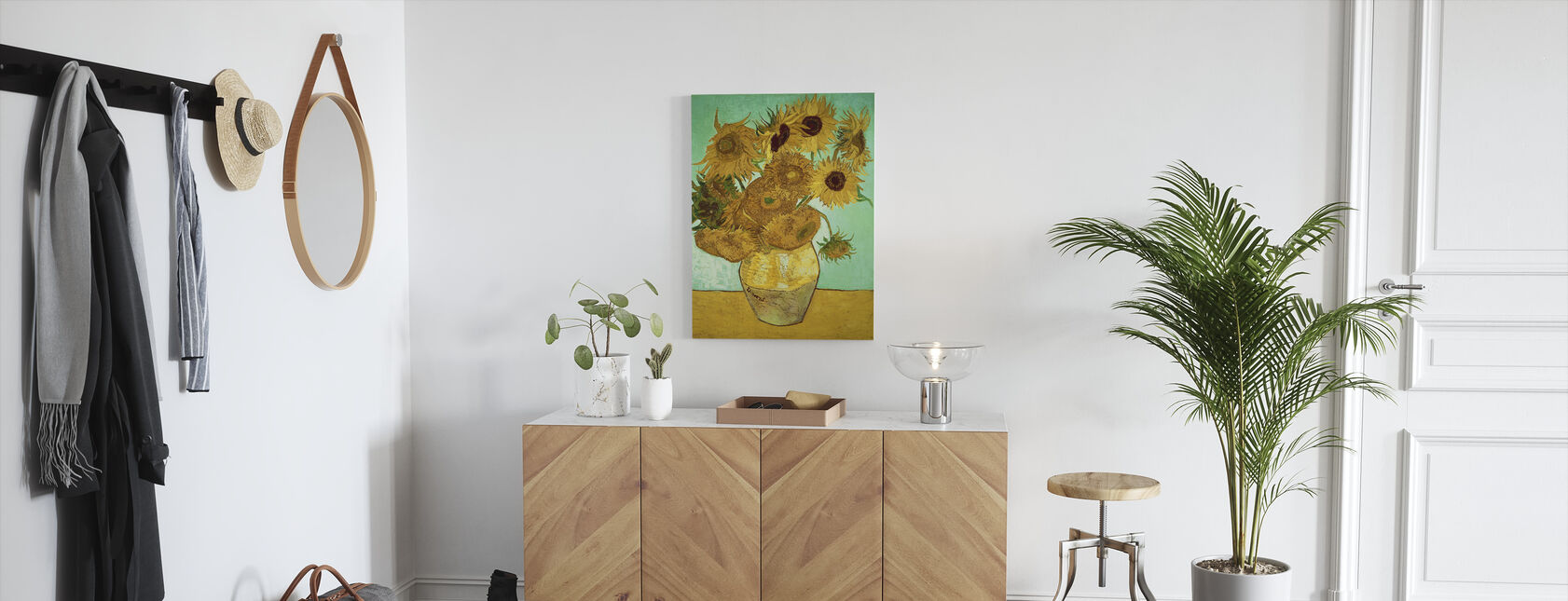 Sunflowers - Vincent Van Gogh - Canvas print - Hallway