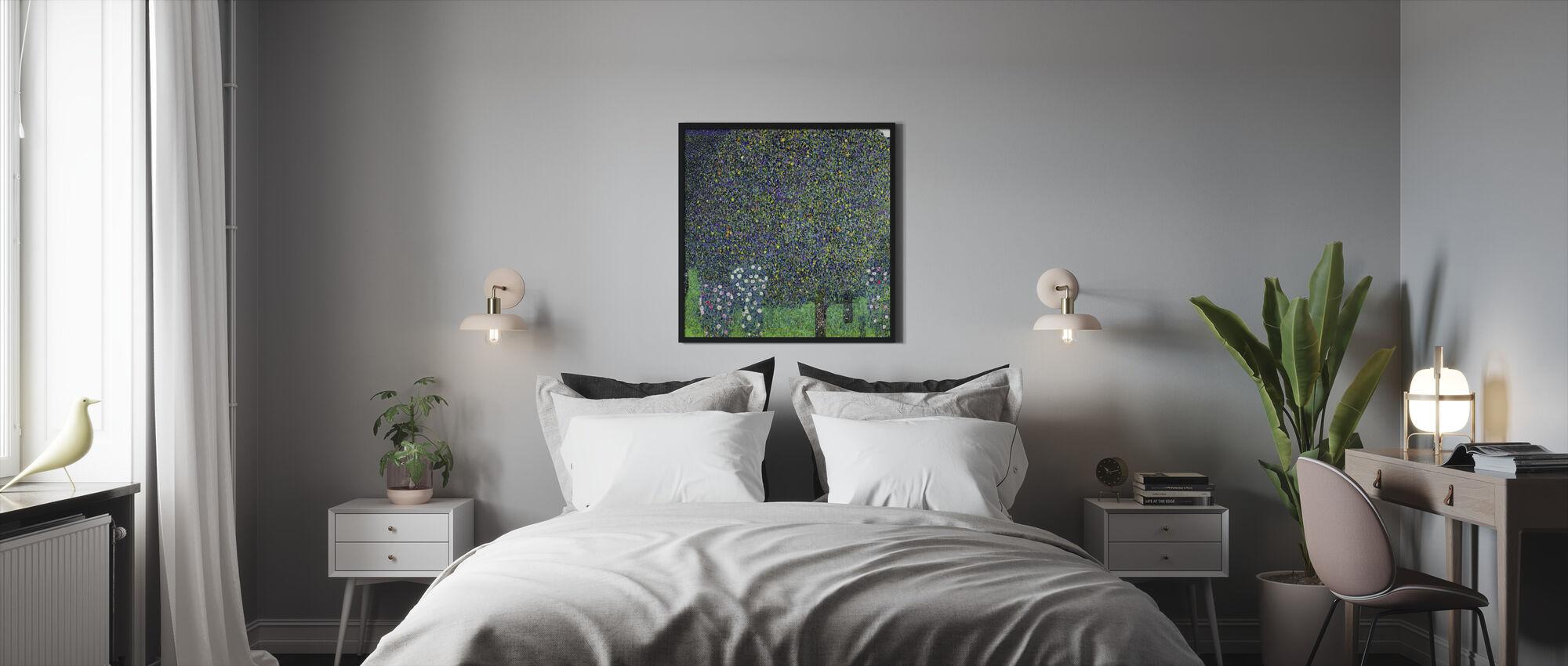 Bro ved Maincy, Gustav Klimt - Indrammet billede - Soveværelse