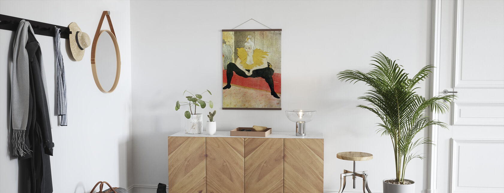Clowness Looks Around, Henri Toulouse Lautrec - Poster - Hallway