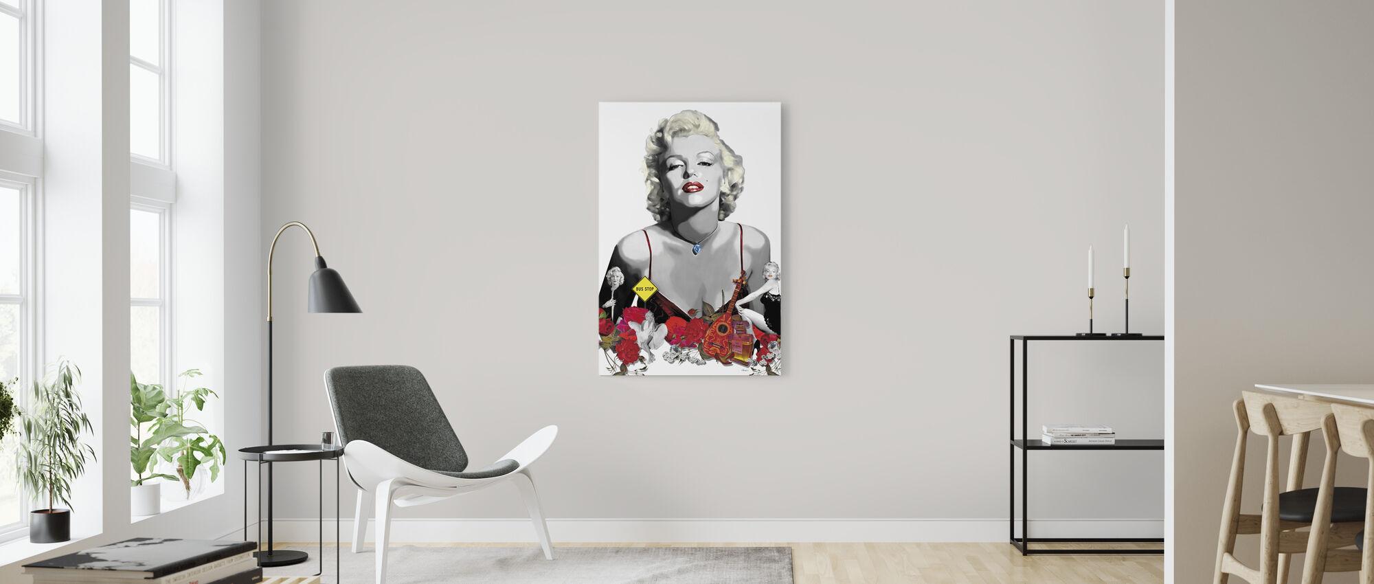 Monroe - White - Canvas print - Living Room