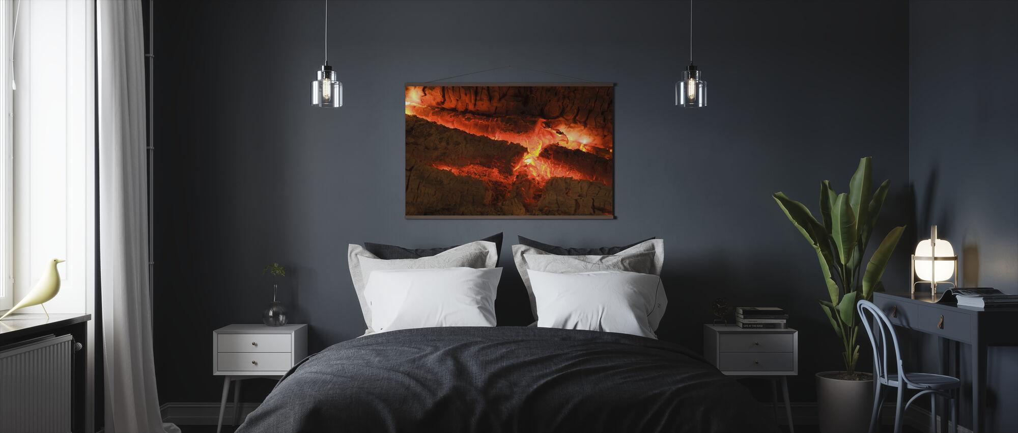 Ember - Close up - Poster - Bedroom