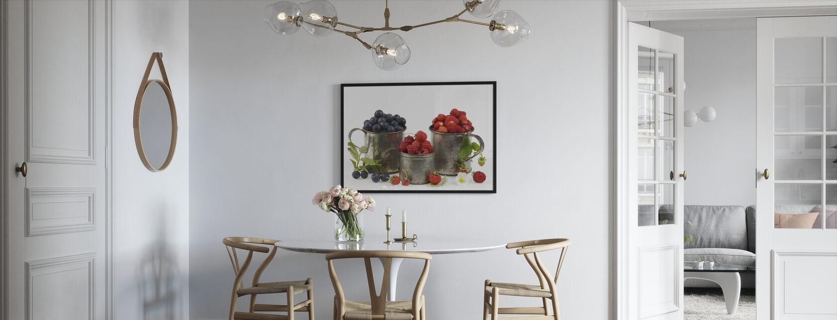 Blåbär Rasberries och jordgubbar - Inramad tavla - Kök