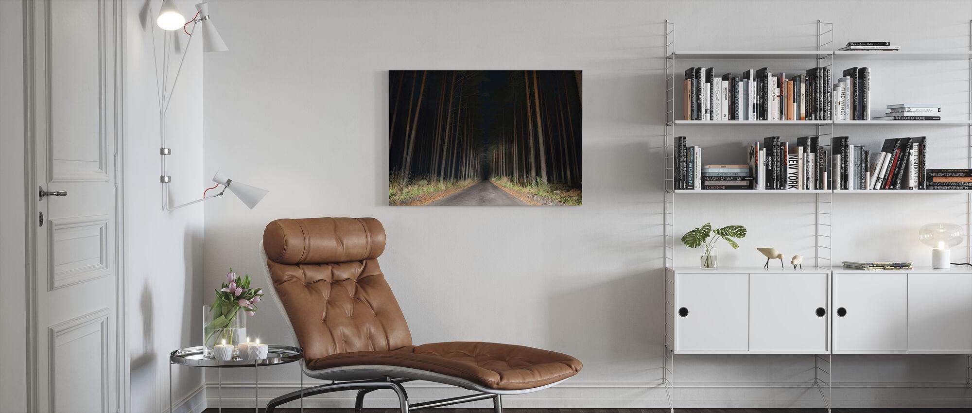 Skovgang i Natten - Billede på lærred - Stue