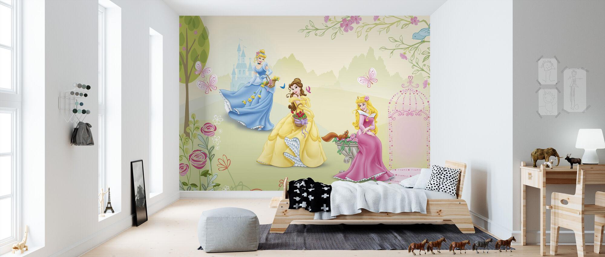 Prinsessa - Ruusupuutarha - Tapetti - Lastenhuone