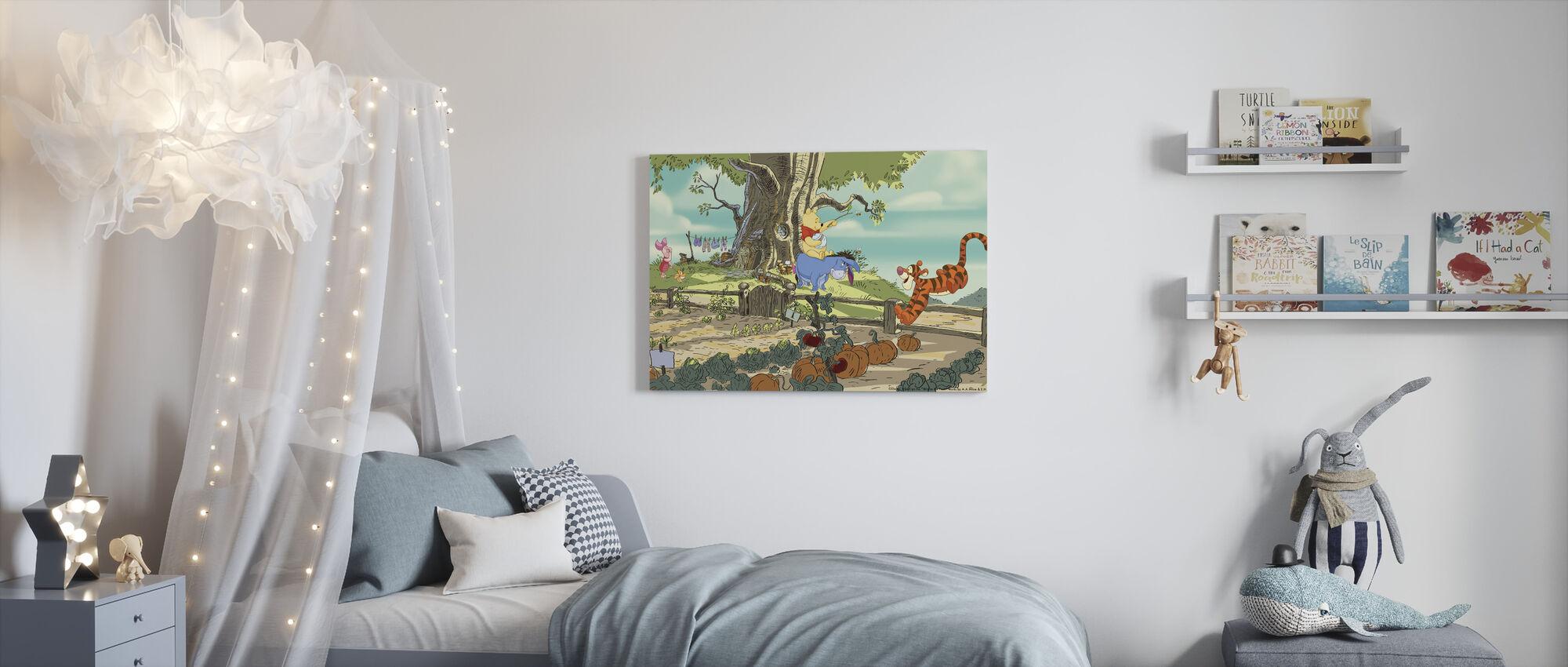 Nalle Puh - Träd House - Canvastavla - Barnrum