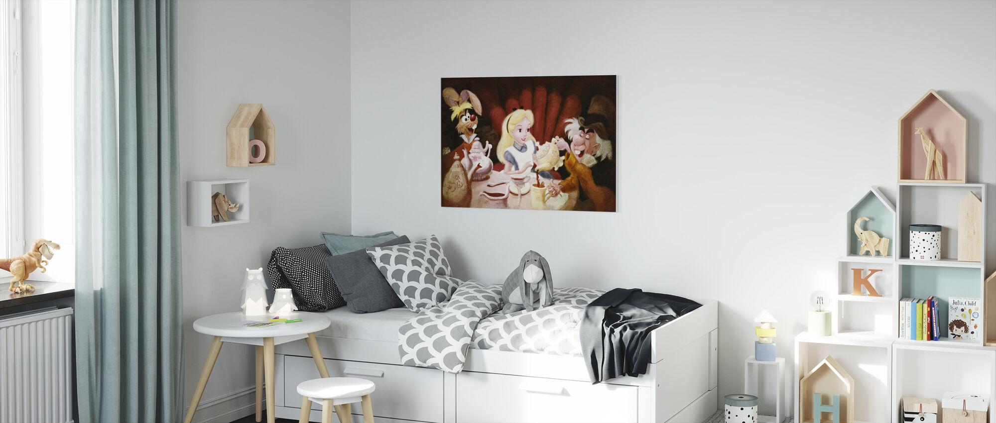 Disney Classics - Liisa ihmemaassa - Tea Party - Canvastaulu - Lastenhuone