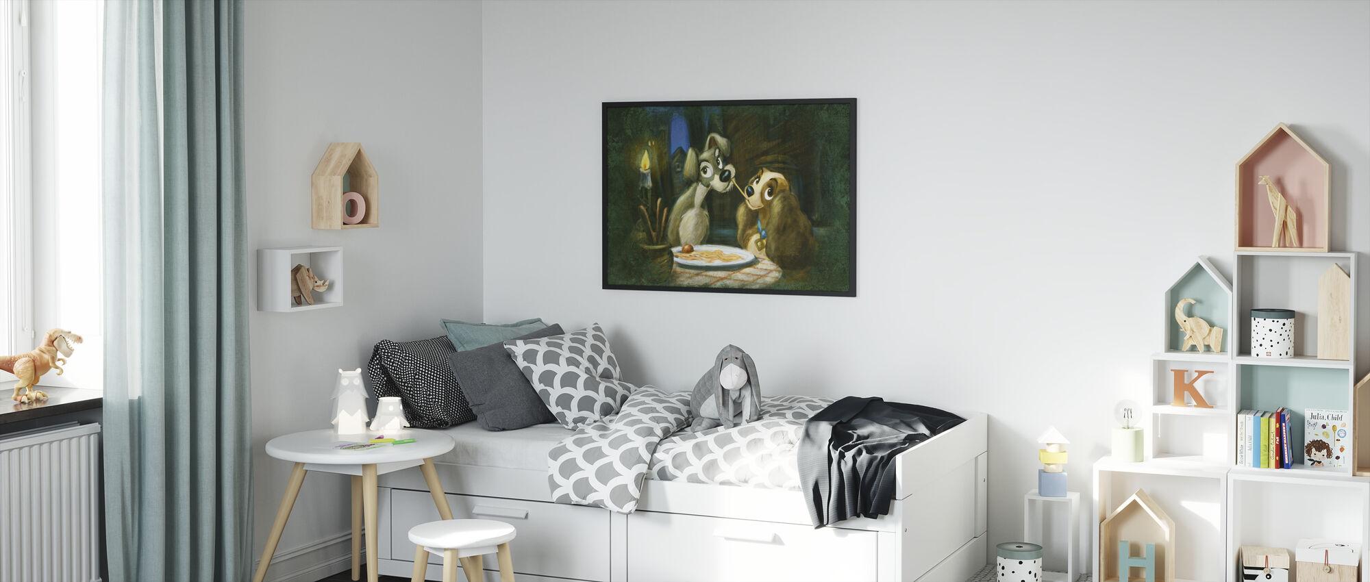 Disney Classics - Lady ja Kulkuri - Kehystetty kuva - Lastenhuone