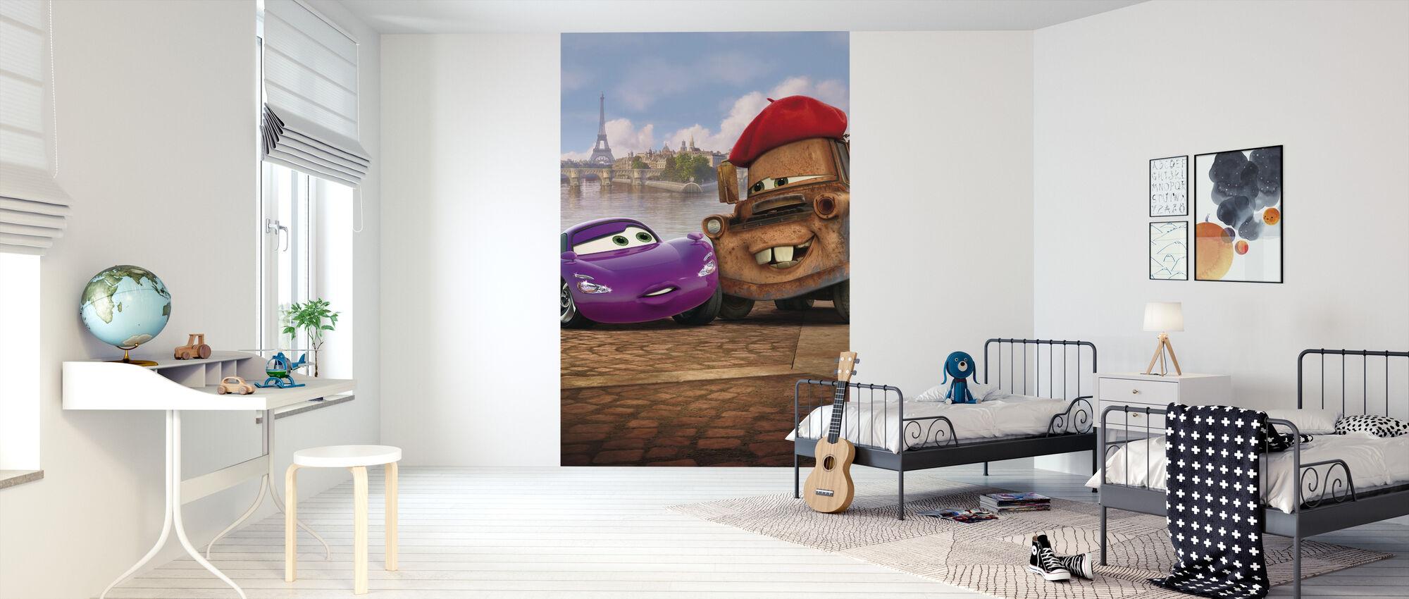 Autot 2 - Mater Holley Shiftwell - Pariisi - Tapetti - Lastenhuone