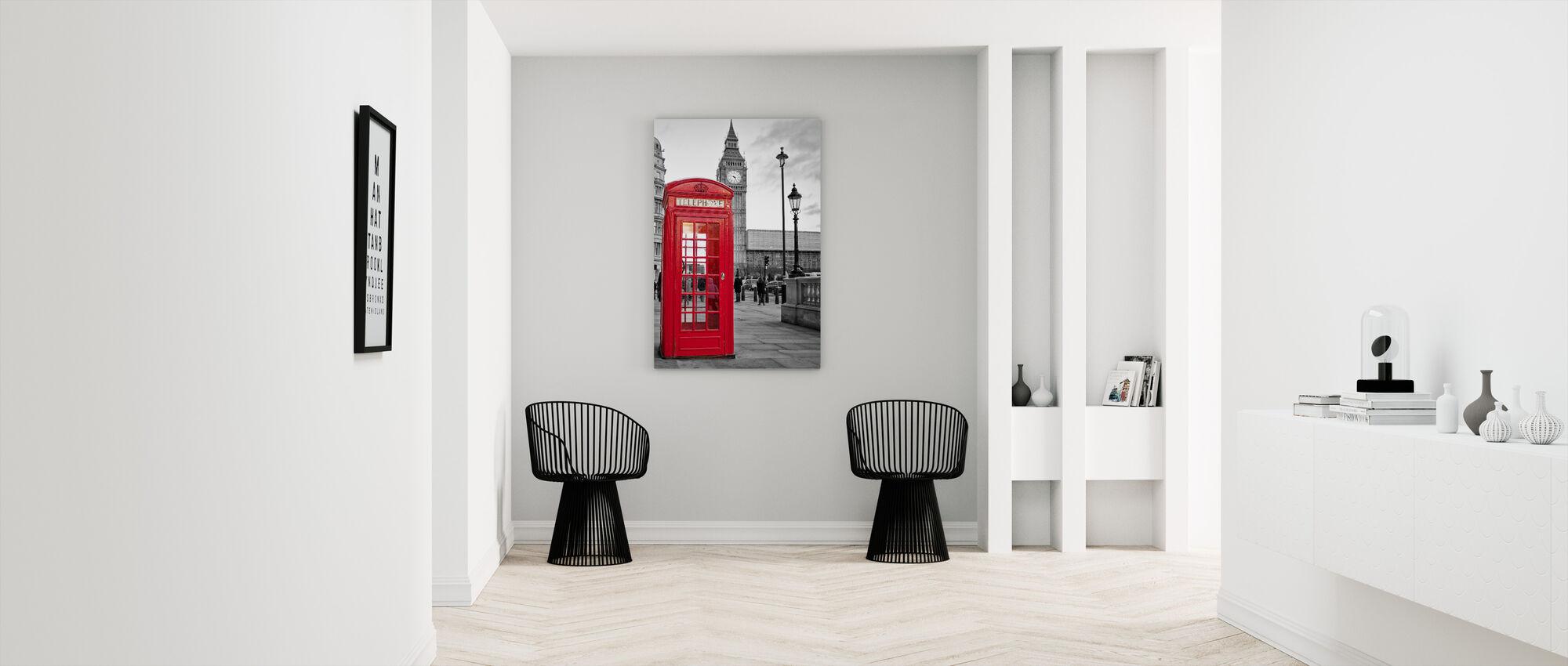 London Telephone - Canvas print - Hallway