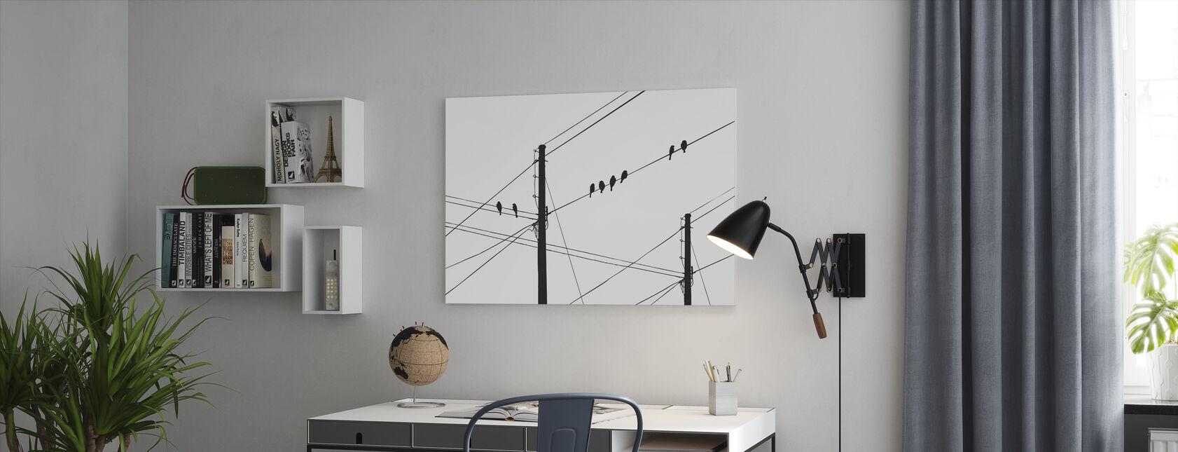 Powerlines - Musta - Canvastaulu - Toimisto