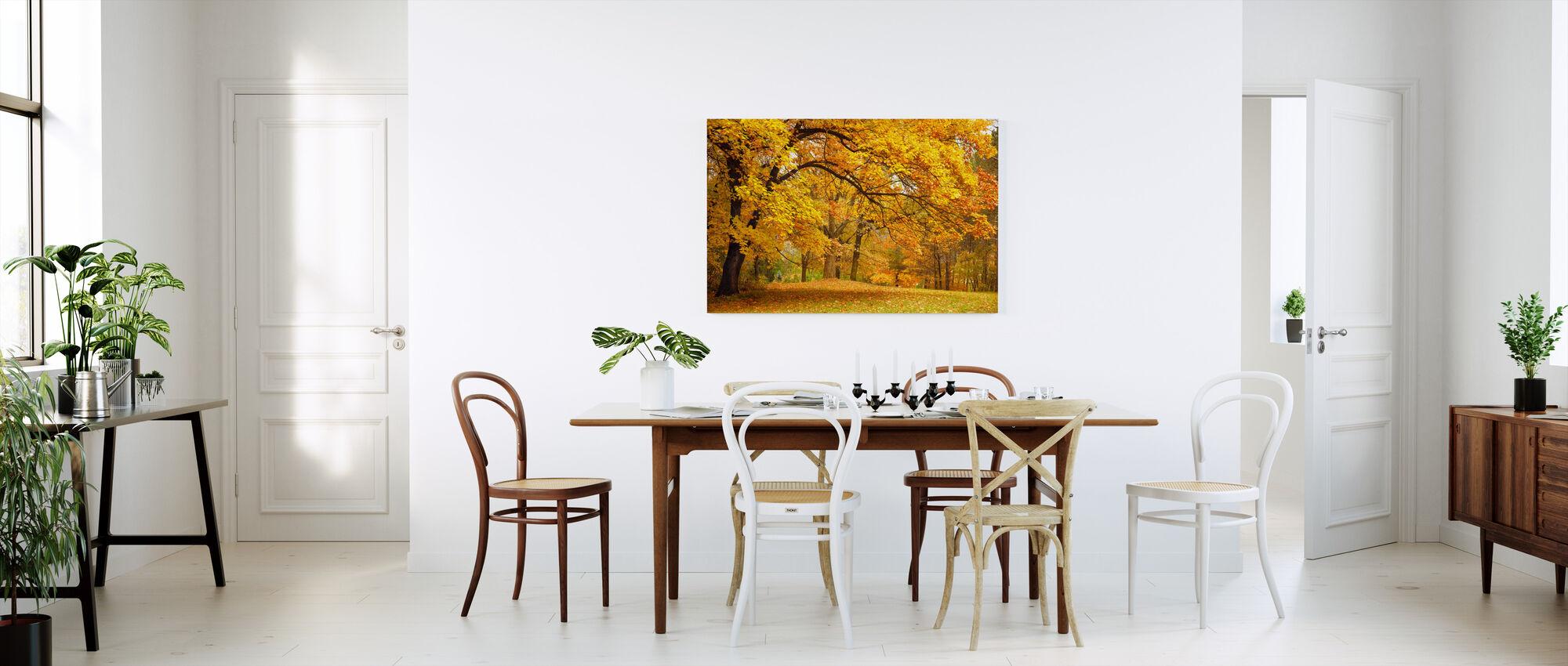 Farverige efterårsblade - Billede på lærred - Køkken