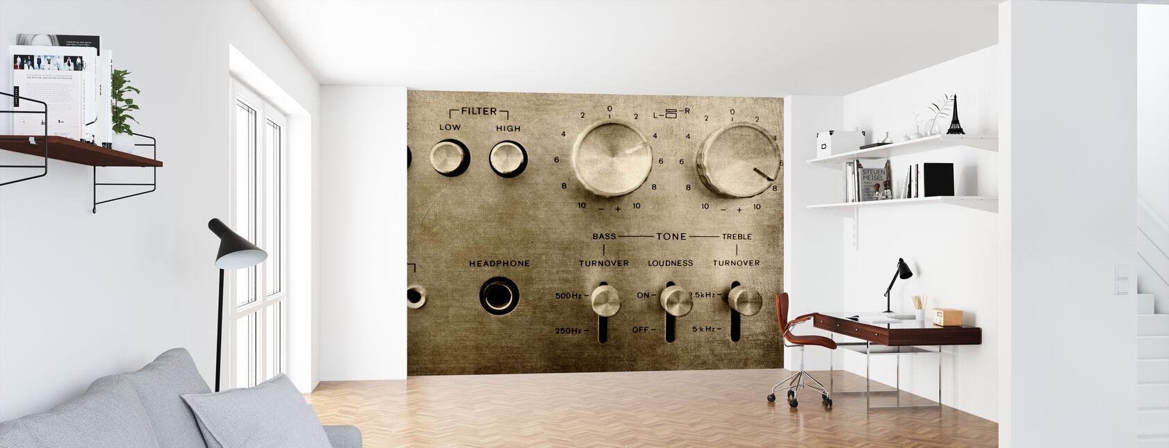 Retro Amplifier - Wallpaper - Office