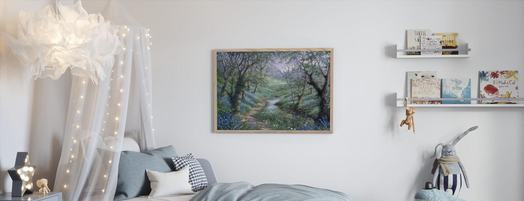 Kevätjoen polku - Kehystetty kuva - Lastenhuone