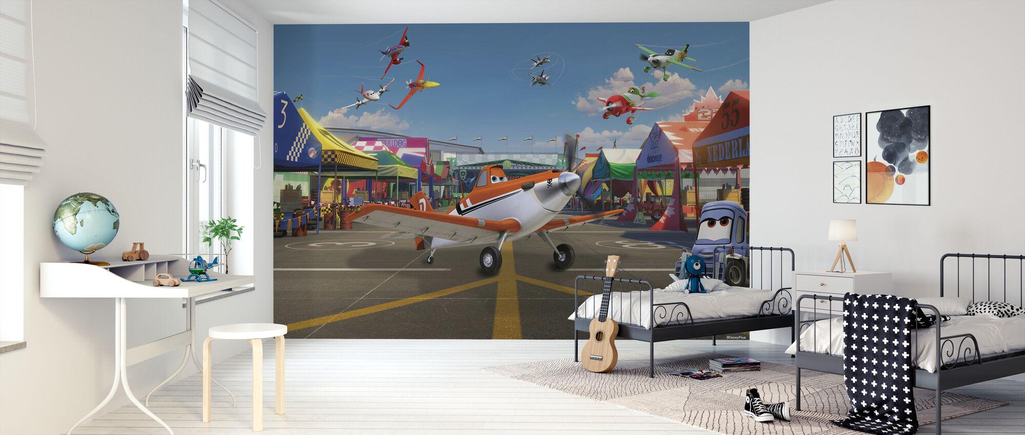 Fly - Støvete på flyvningshow - Tapet - Barnerom