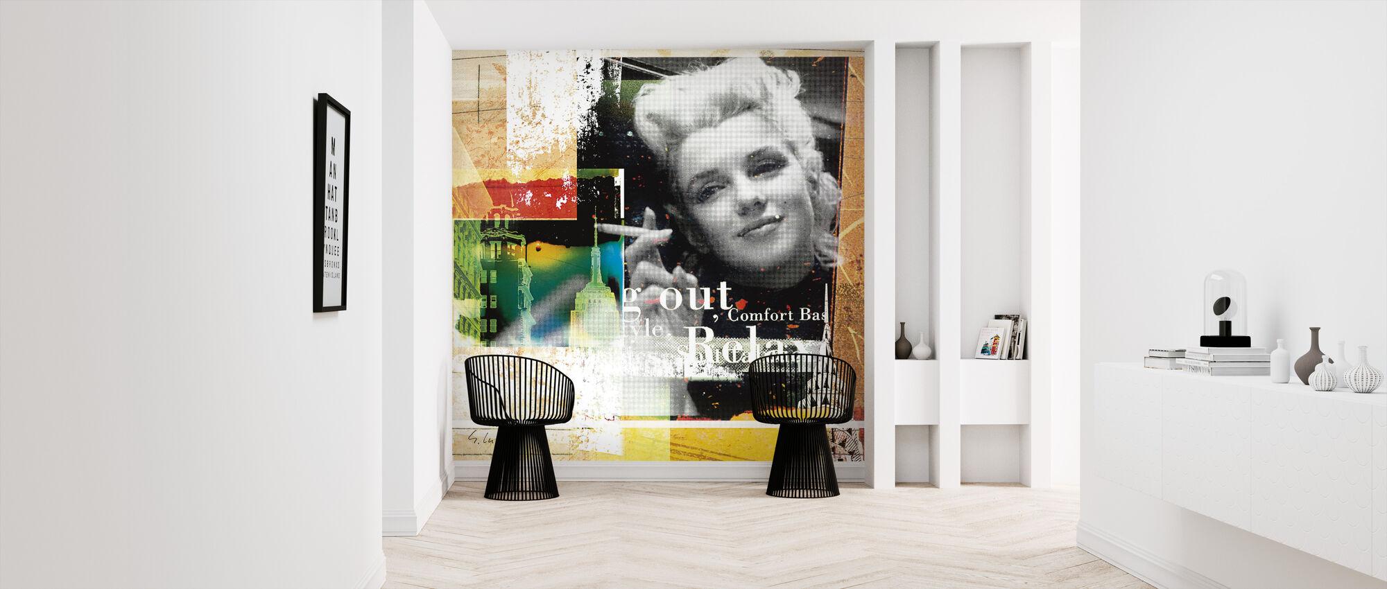 Marilyn Relax - Wallpaper - Hallway