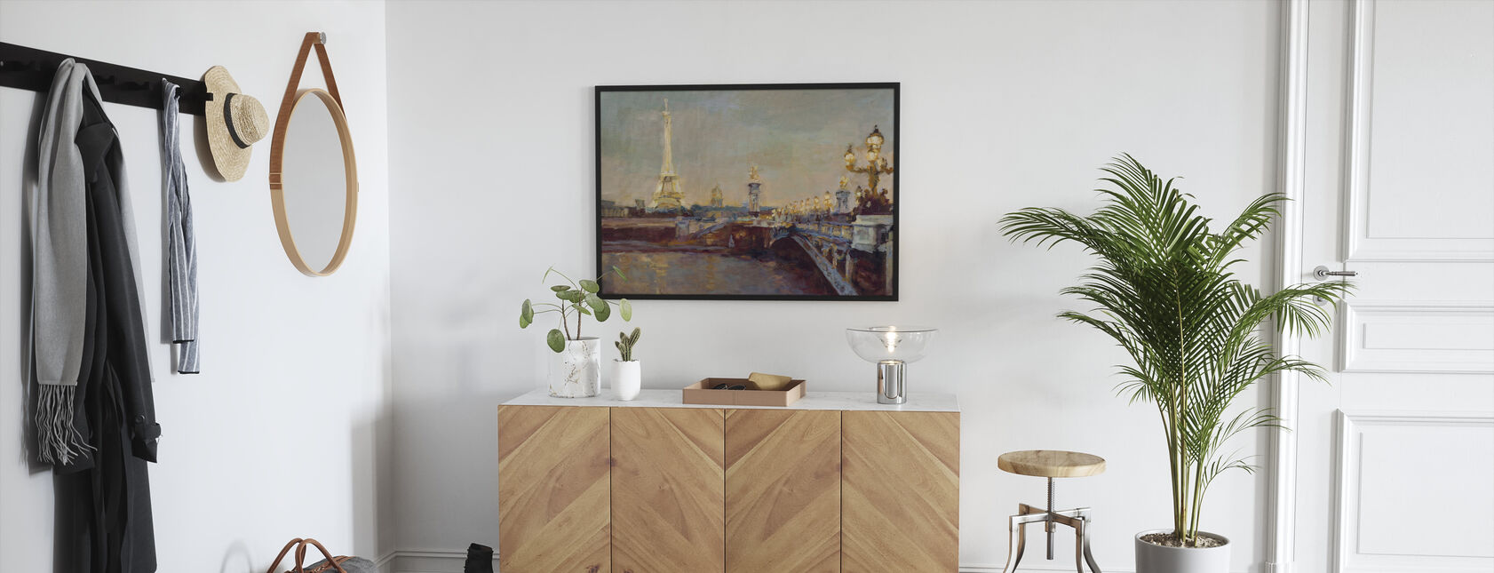 Parisian Evening - Framed print - Hallway