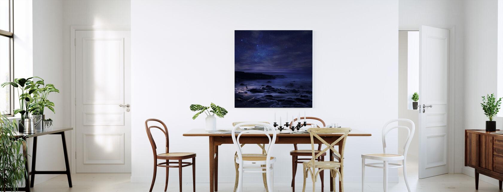 Violetti taivas - Canvastaulu - Keittiö
