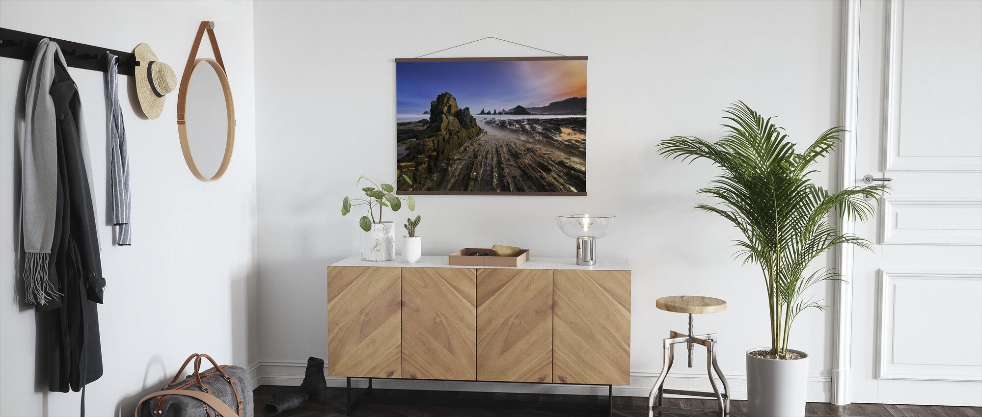Cliffs - Poster - Hallway