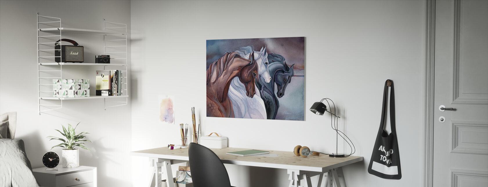 Eleganta hästar - Canvastavla - Barnrum