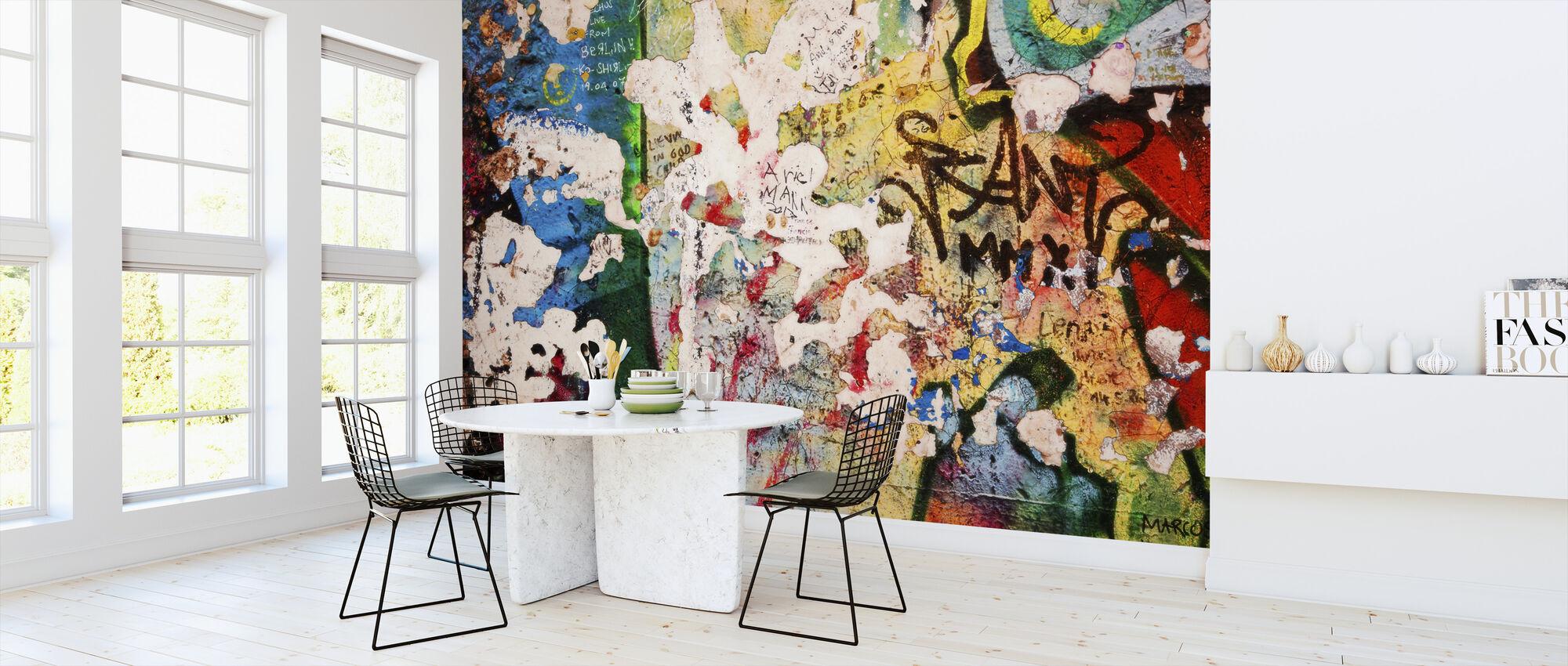 En del av Berlinmuren med Grunge Graffiti - Potsdamer Platz - Tapet - Kjøkken