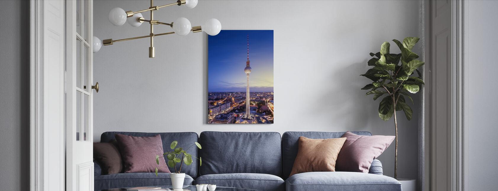 Berlin, Tyskland. Utsikt over TV-tårnet - Lerretsbilde - Stue