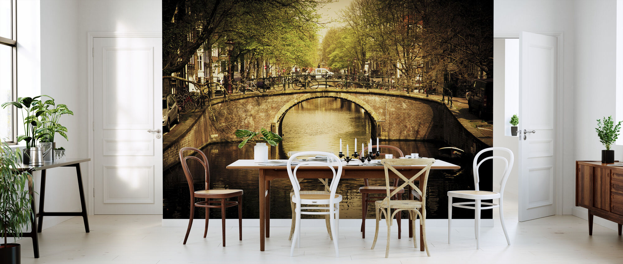 Romantic Bridge Over Canal in Amsterdam - Wallpaper - Kitchen