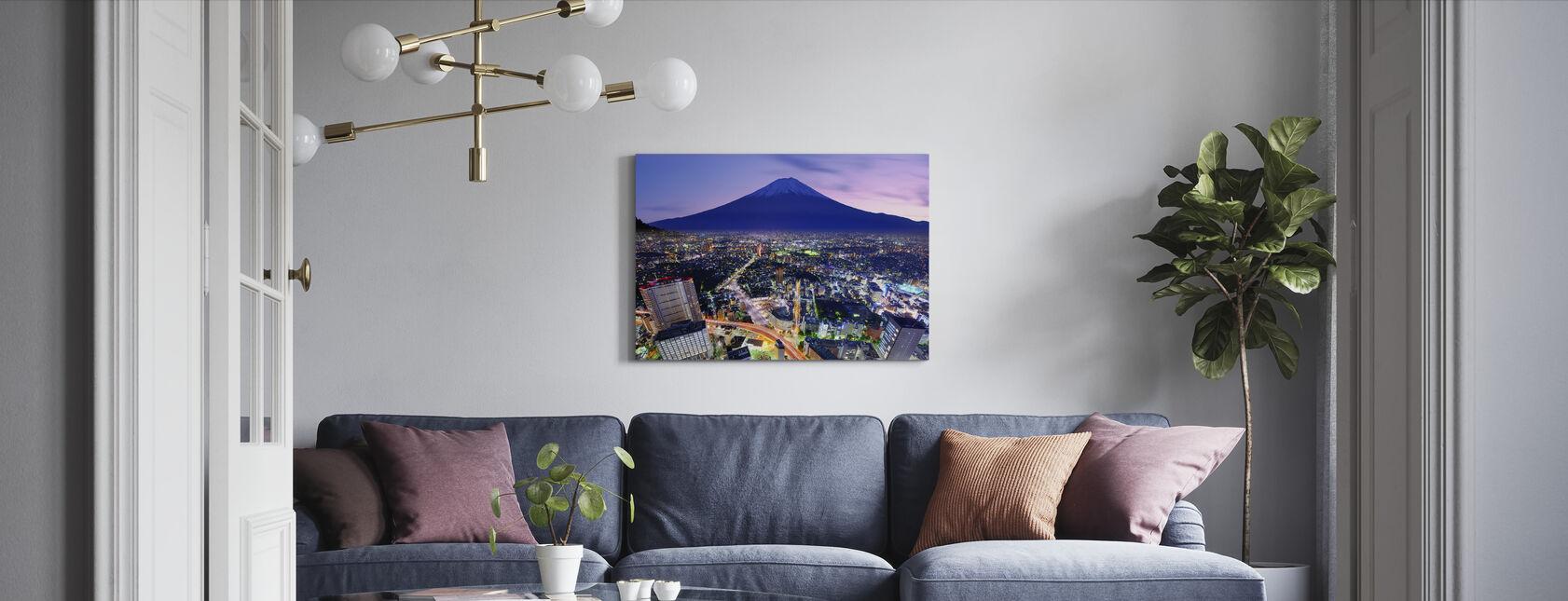 Uenon piirikunta ja Mt. Fuji in Tokio, Japani - Canvastaulu - Olohuone