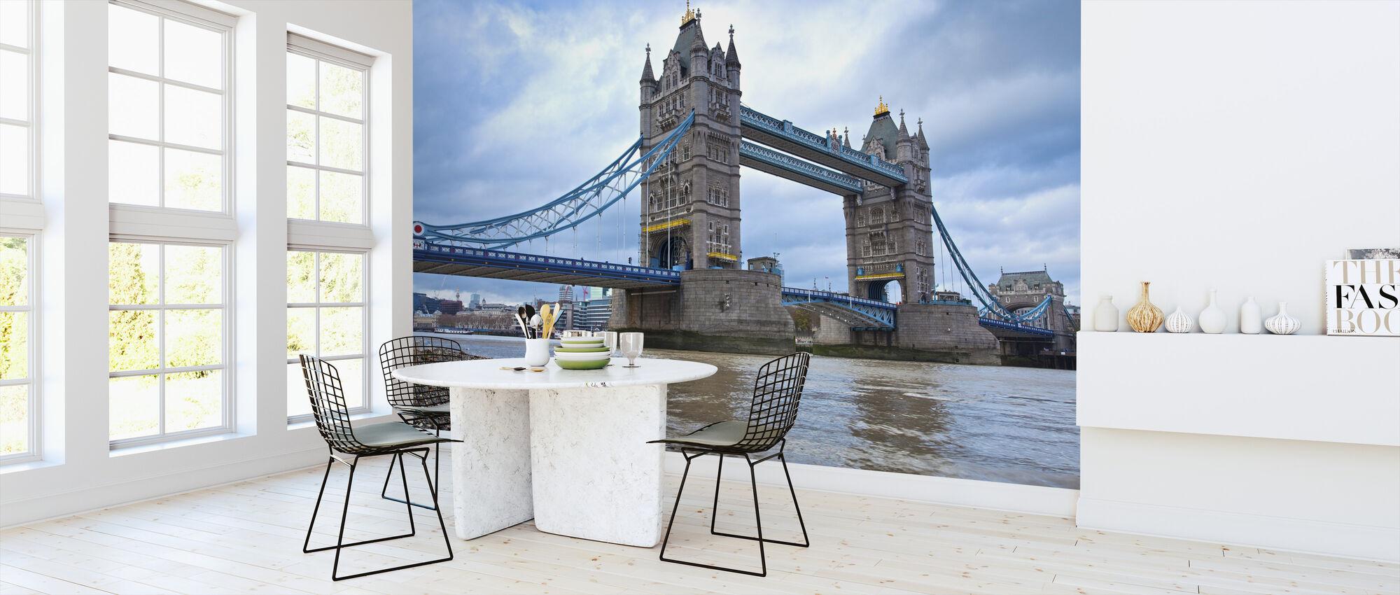 Kijkend naar Tower Bridge - Behang - Keuken