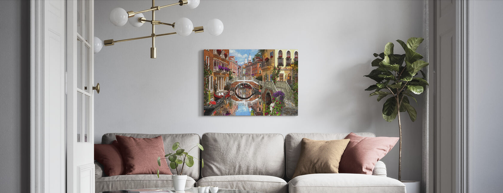 Venetsialainen vesiväylä - Canvastaulu - Olohuone