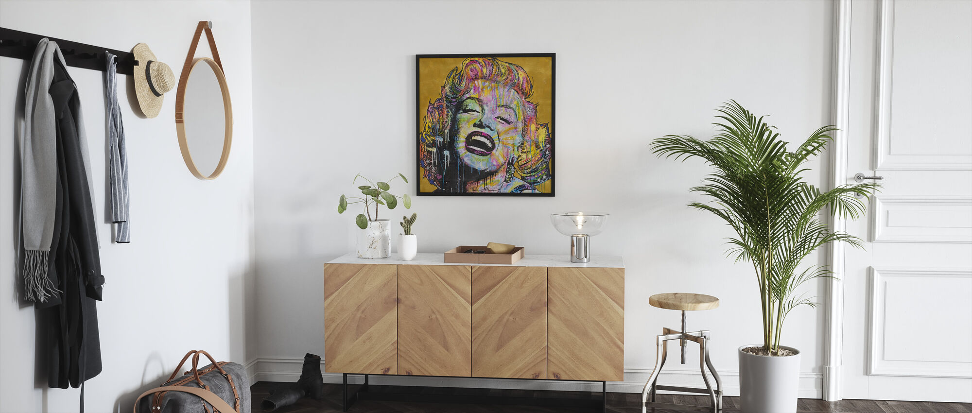 Marilyn Multicolor - Framed print - Hallway
