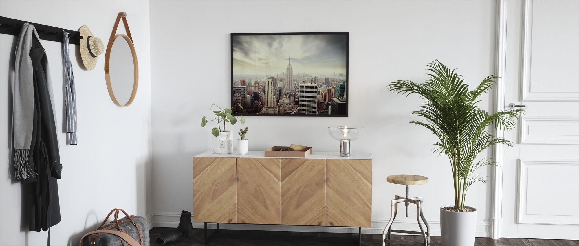Enchanting New York - Vintage - Framed print - Hallway