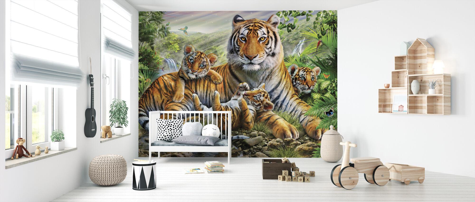 Tiger och ungarna - Tapet - Babyrum