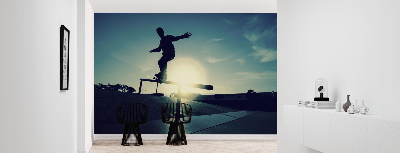 Skateboarder op een Grind - Behang - Gang