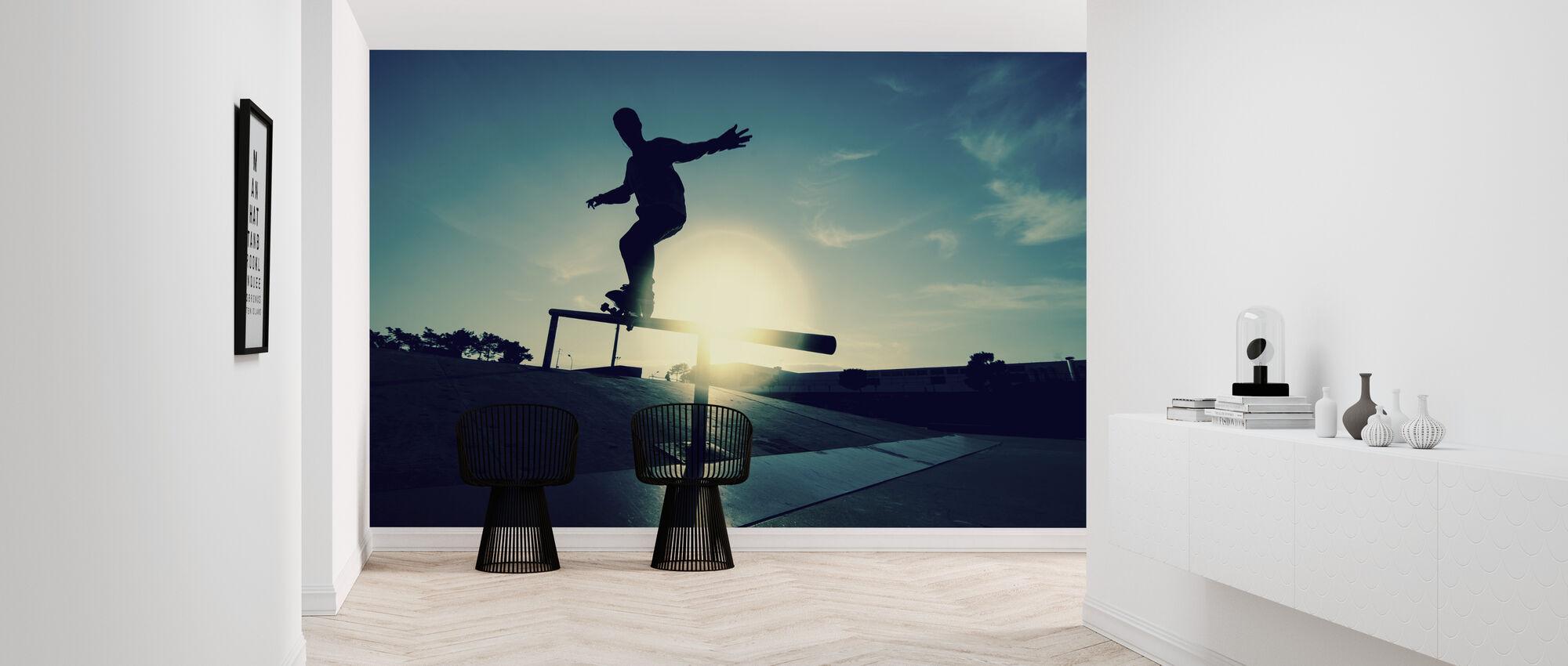 Skateboarder på en Grind - Tapet - Gang