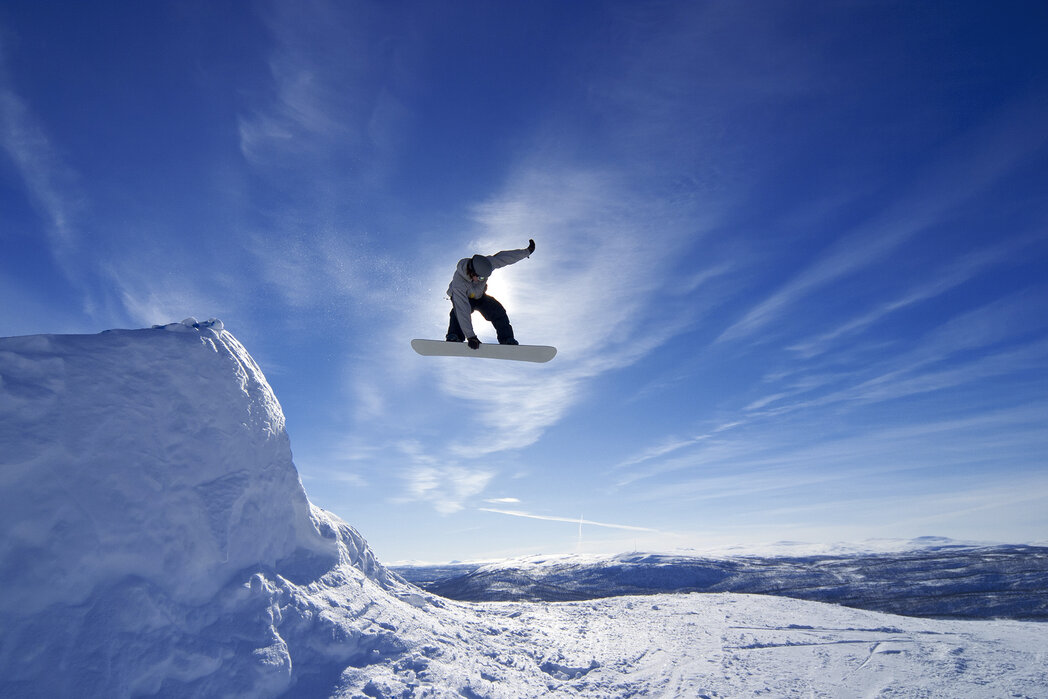 59420512080 Snowboard Big Air Jump – decorate with a wall mural – Photowall