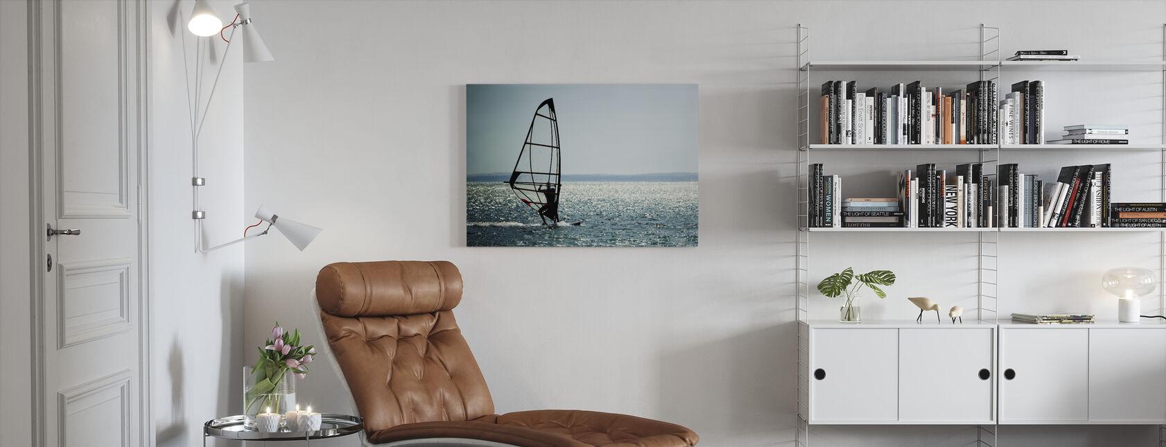 Purjelautailija Panorama - Canvastaulu - Olohuone
