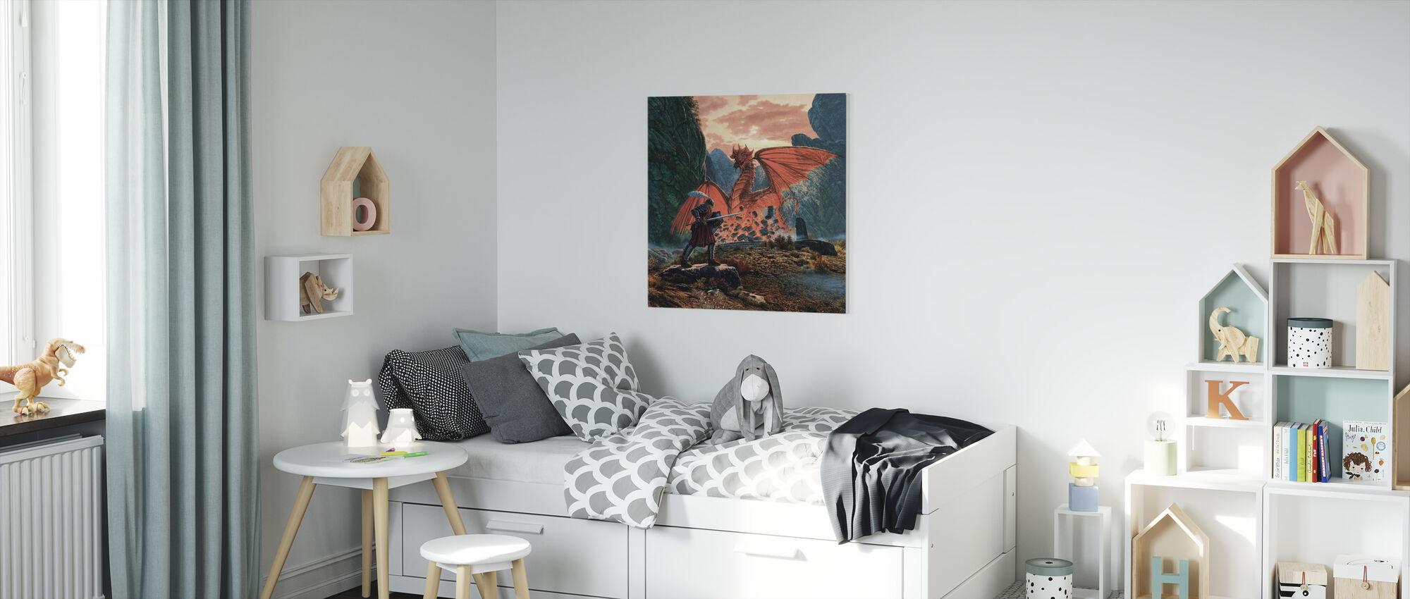 Röd drake vaknar - Canvastavla - Barnrum