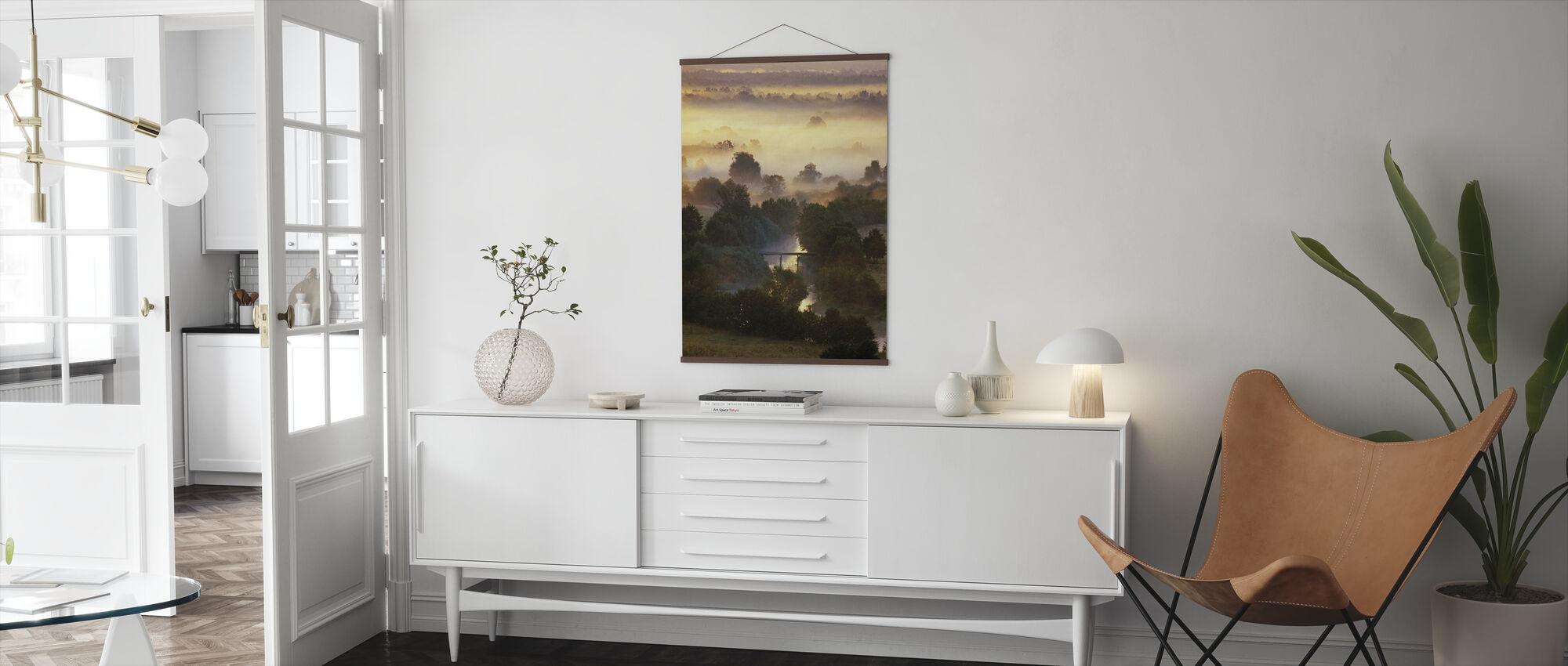 Misty glinsterende bos - Poster - Woonkamer