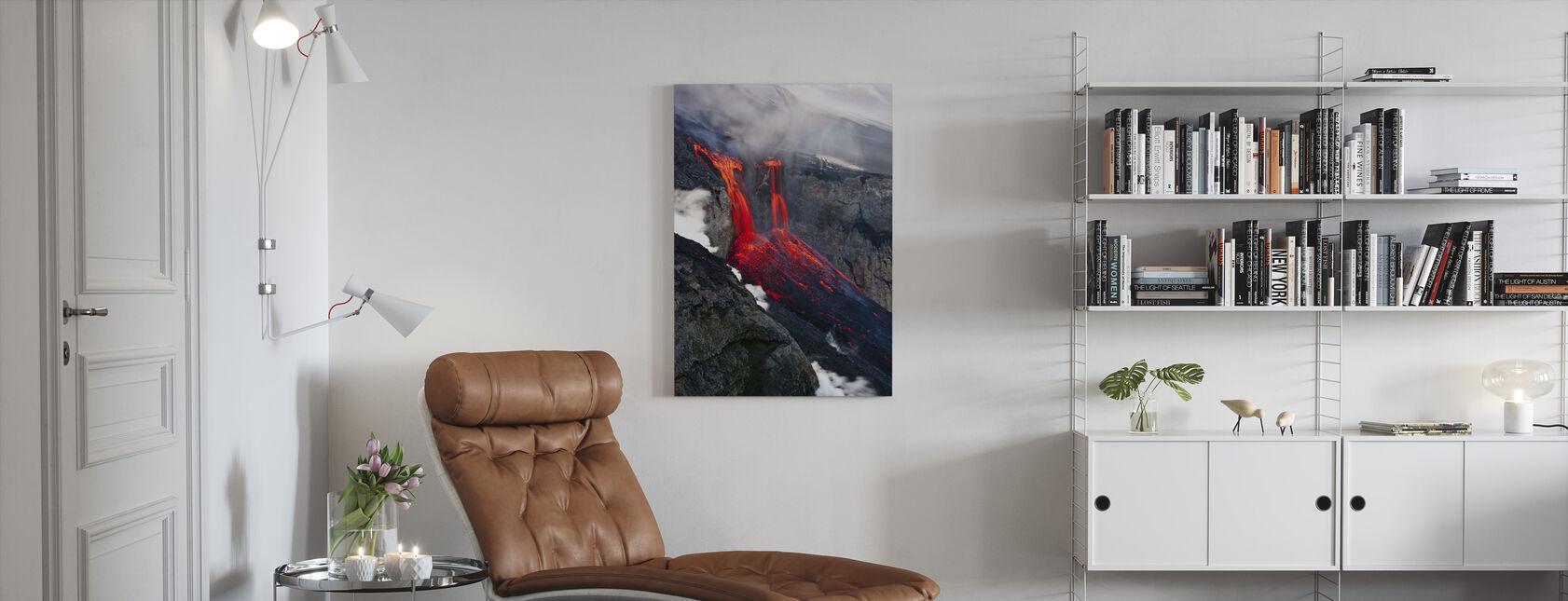 Flytande eld - Canvastavla - Vardagsrum