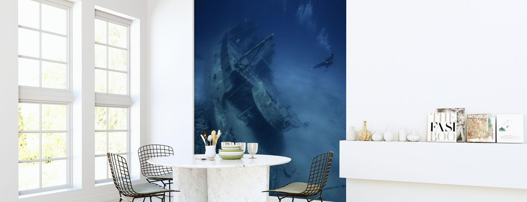 Shipwreck and Diver - Wallpaper - Kitchen