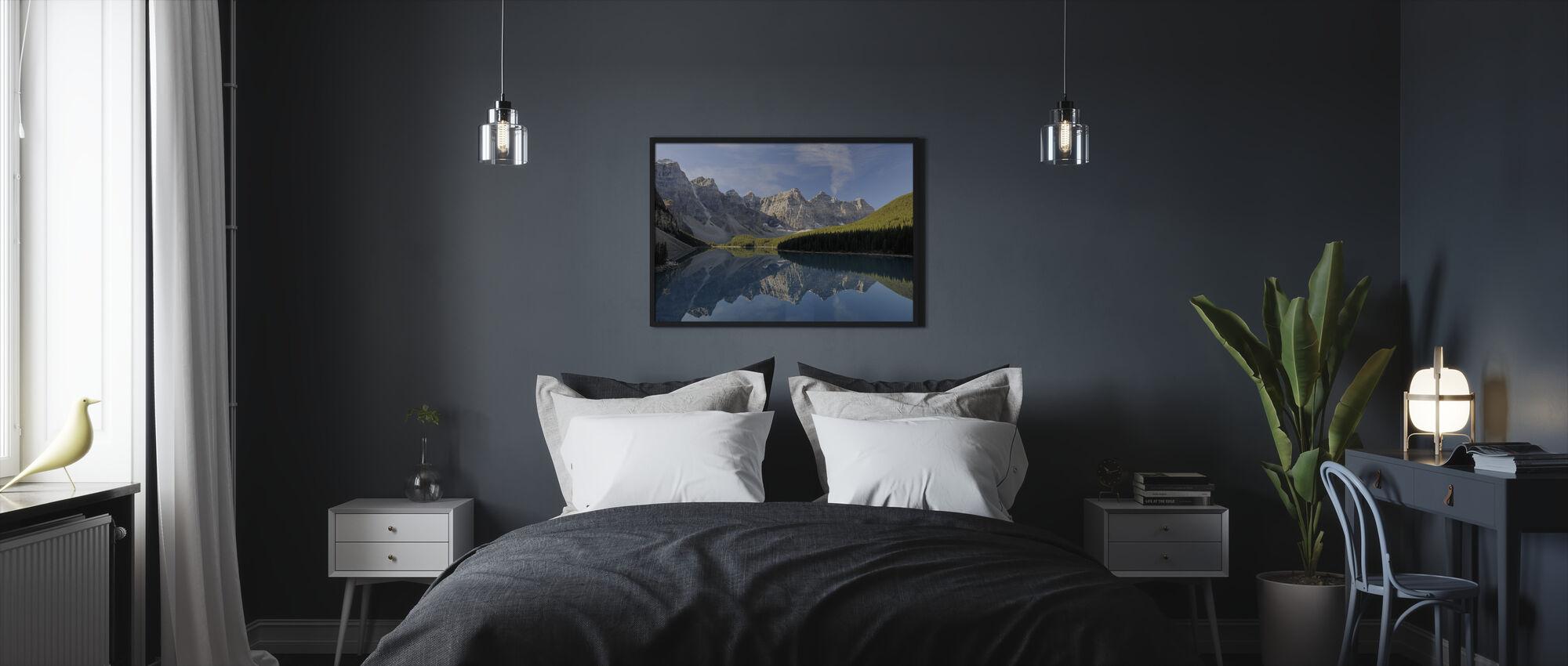 Moraine Lake - Framed print - Bedroom