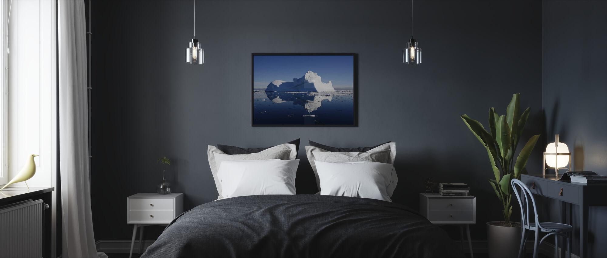 Jäävuori - Kehystetty kuva - Makuuhuone