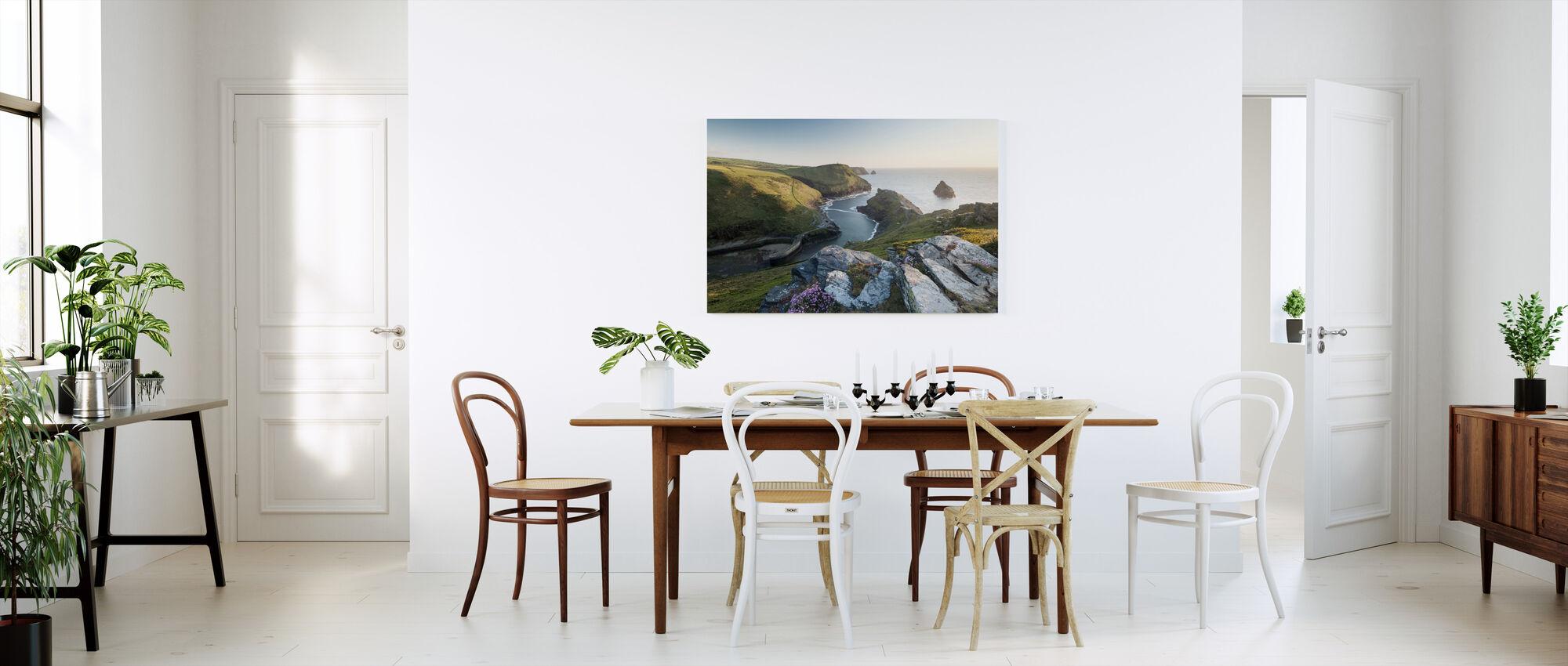 Tall View - Canvas print - Kitchen