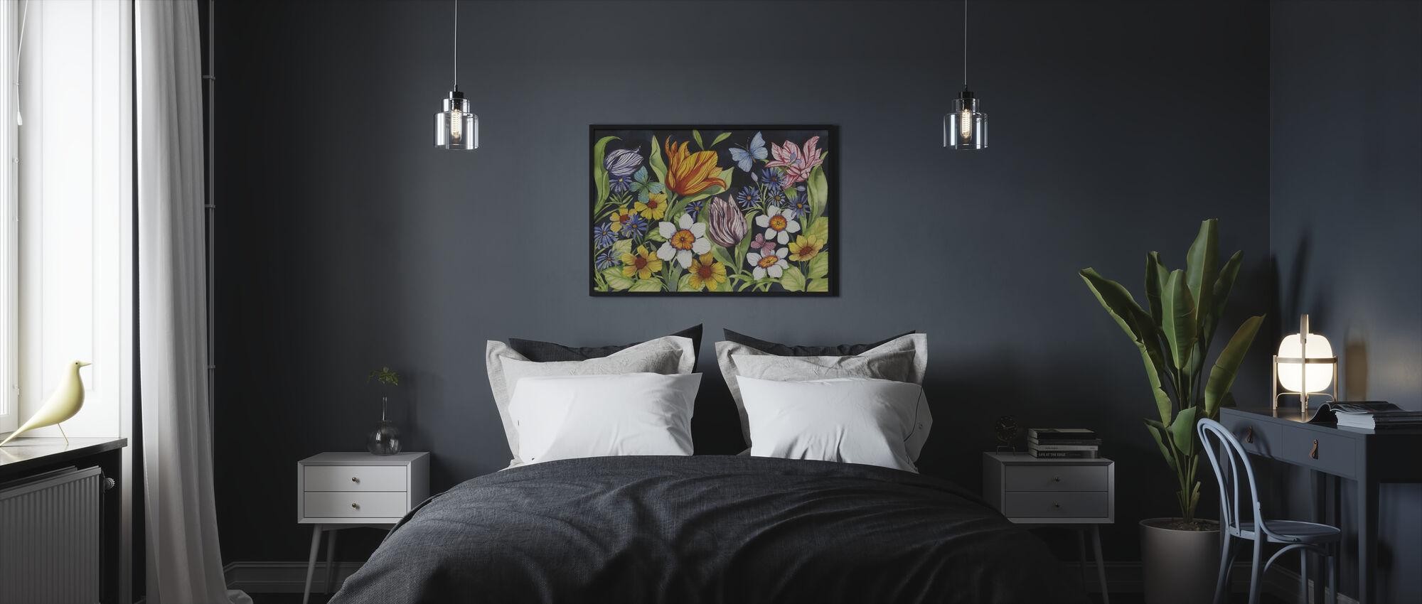 Floral Noir - Framed print - Bedroom