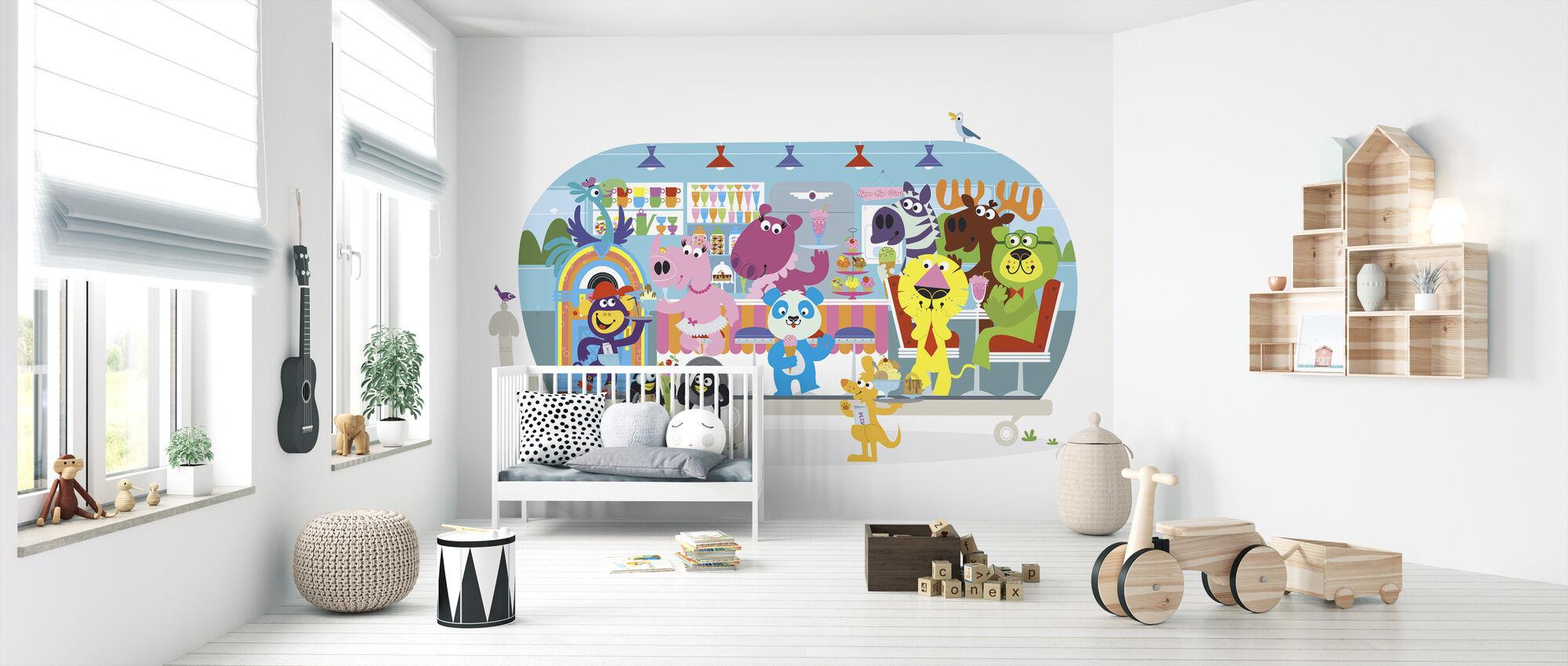 Fun-loving Betsys Hippo Hop Diner - Wallpaper - Nursery