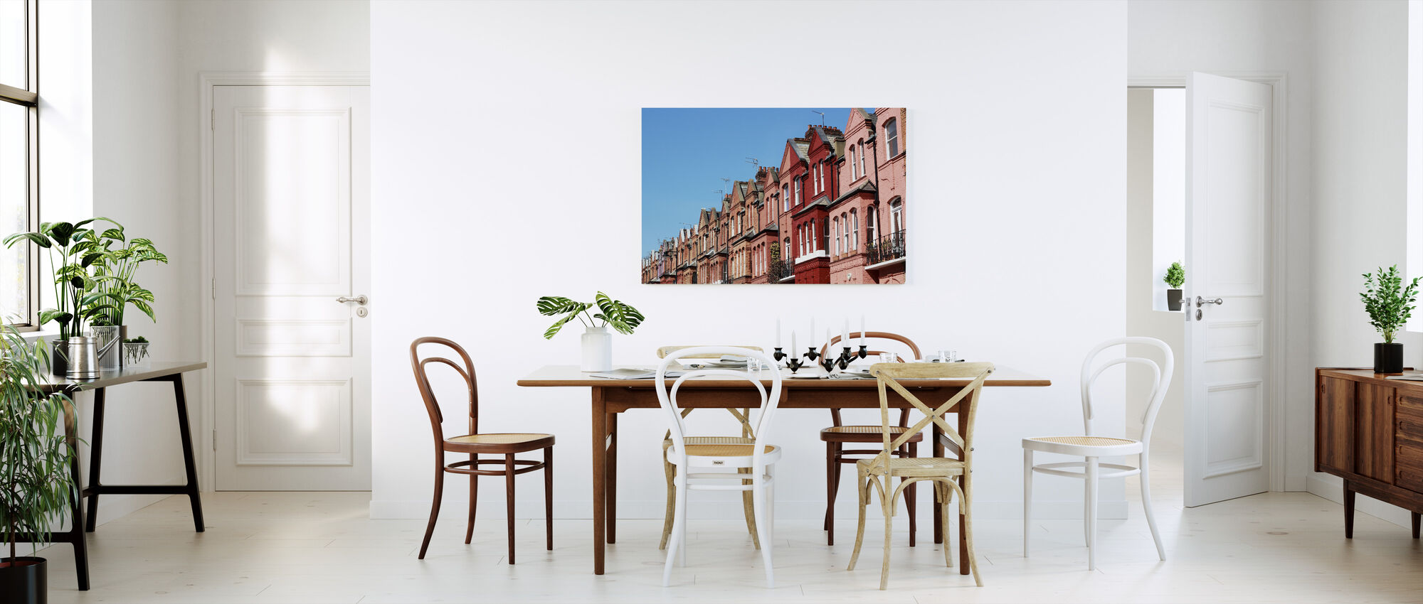 Coral Colored Houses in London - Canvas print - Kitchen